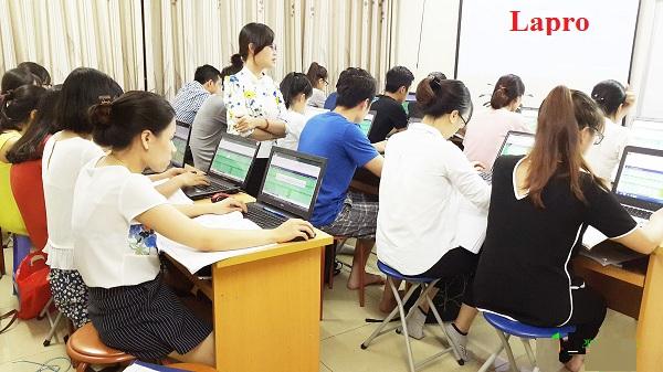 học xuất nhập khẩu Trung tâm Lapro