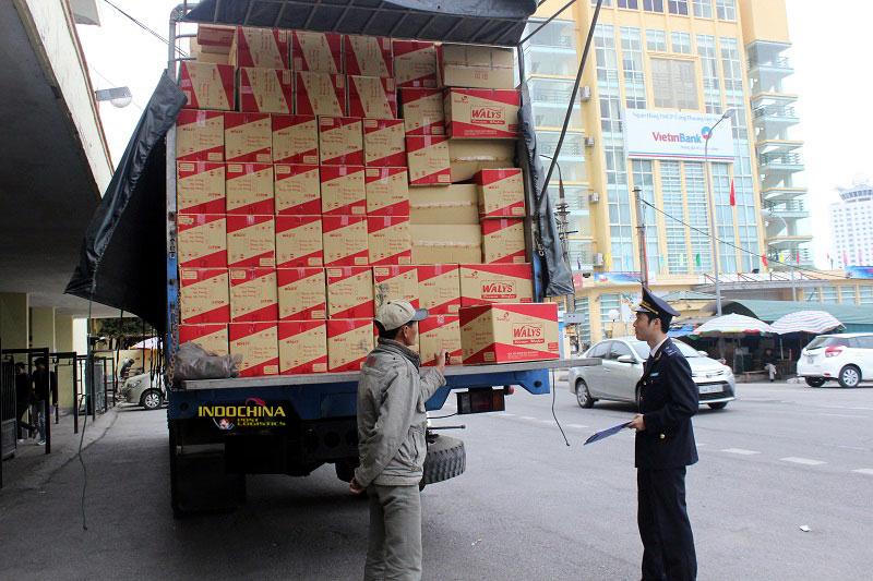 thủ tục tái xuất lô hàng nhập khẩu