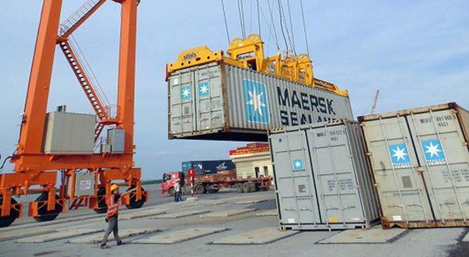 Thủ tục chuyển cảng hàng hóa xuất nhập khẩu